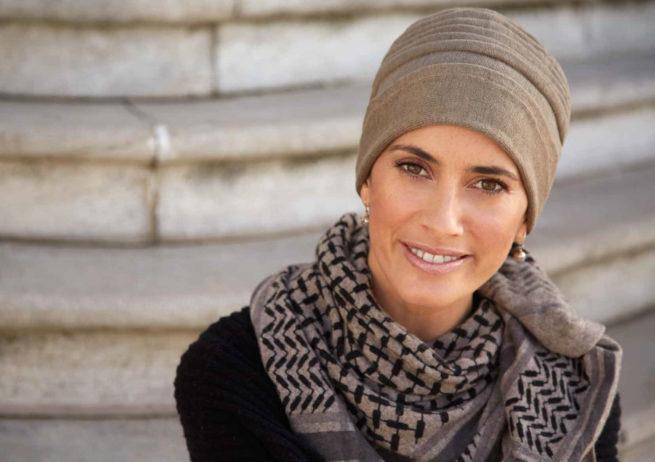 Gorro tejido para quimioterapia tejido en algodón